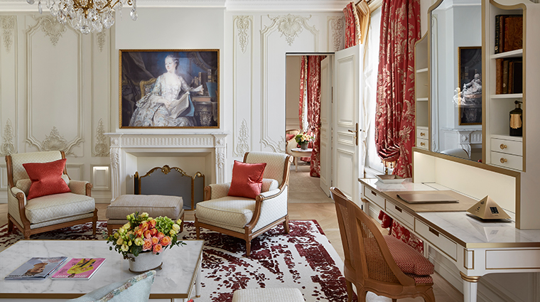 le meurice dorchester collection pompadour suite livingroom