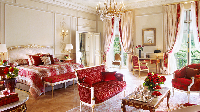 le meurice dorchester collection presidential suite bedroom