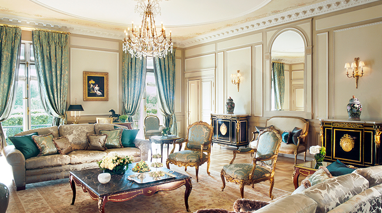 le meurice dorchester collection presidential suite livingroom