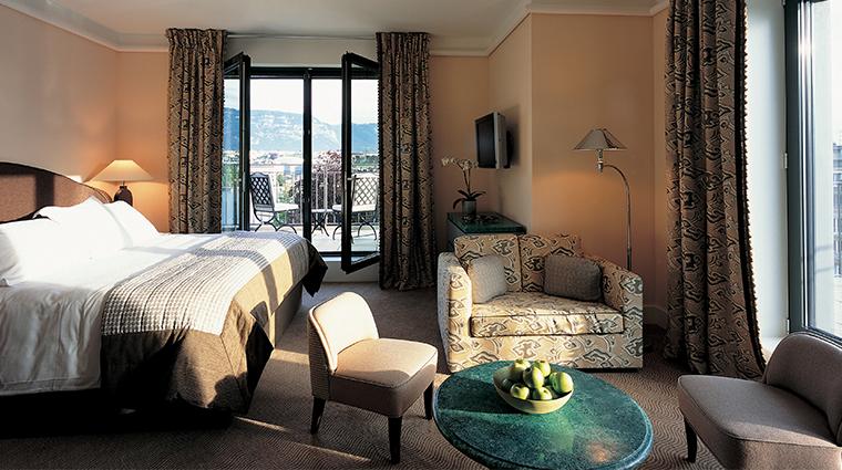le richemond geneve presidential suite bedroom