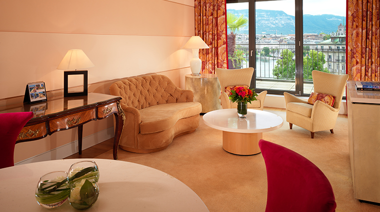 le richemond geneve presidential suite salon