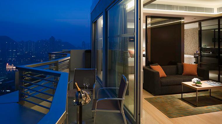 lhotel island south grand aqua suite