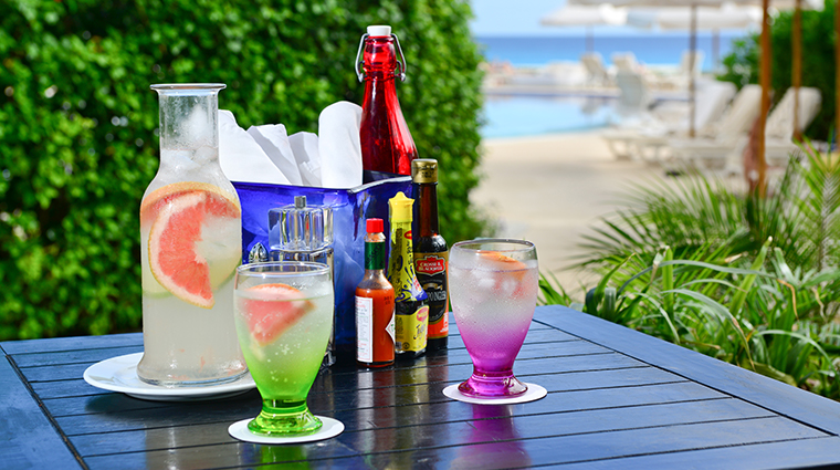 live aqua beach resort cancun refreshments