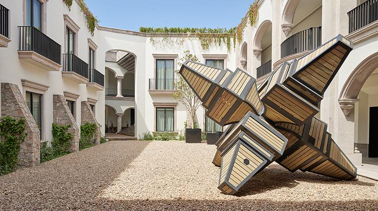 live aqua urban resort san miguel de allende sculpture