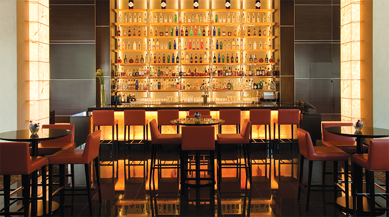 loews atlanta hotel saltwood bar
