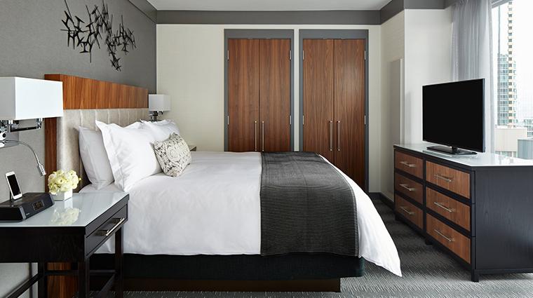 loews chicago hotel lake view suite bedroom