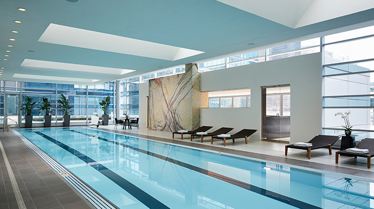 loews chicago hotel pool