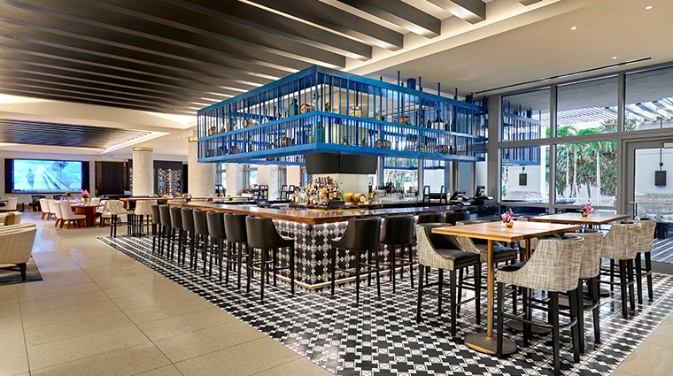 loews miami beach hotel Bar Collins