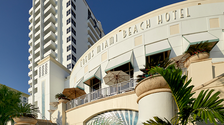 loews miami beach hotel exterior