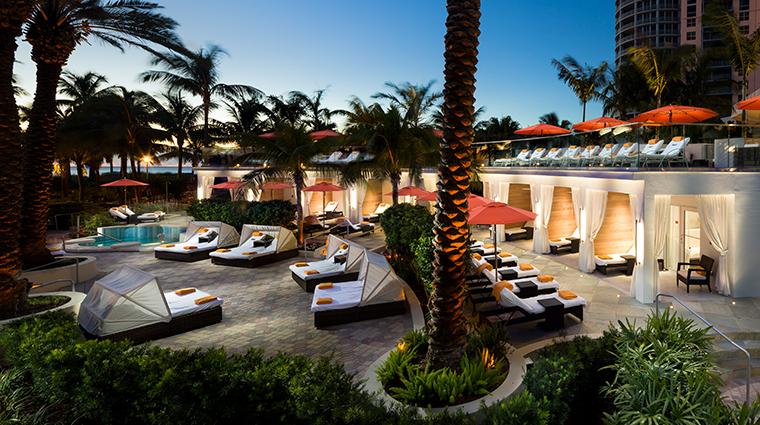 loews miami beach hotel night cabanas