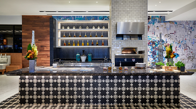 loews miami beach hotel pizza station