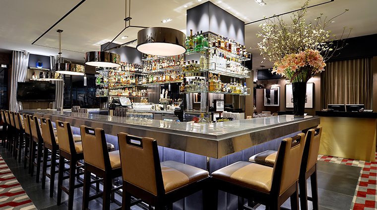 loews regency new york hotel regency bar and grill