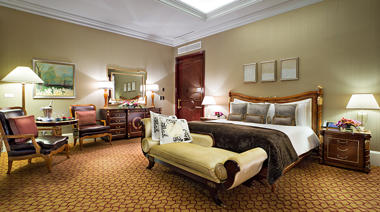 lotte hotel moscow bedroom