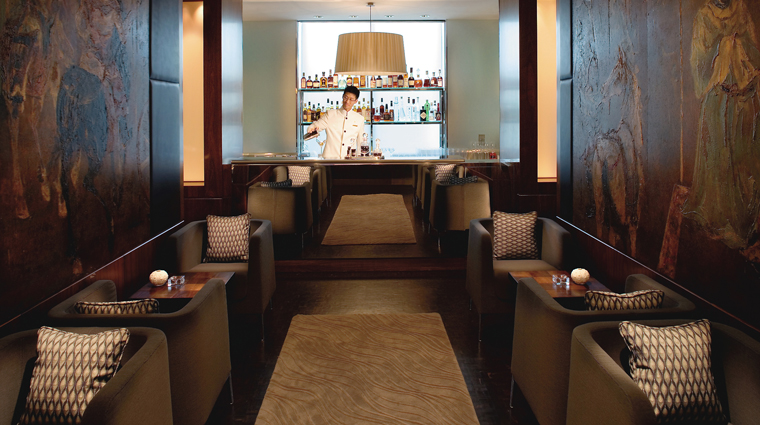PropertyImage MandarinGrillBar Restaurant Style Bar CreditMandarinOrientalHotelGroup