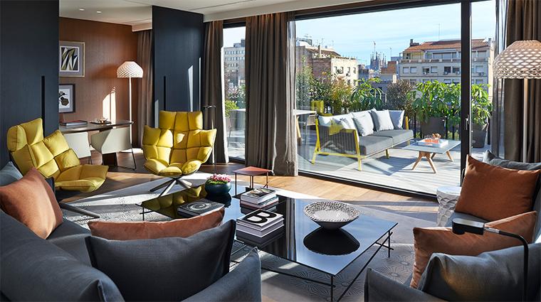 mandarin oriental barcelona premier terrace suite living room