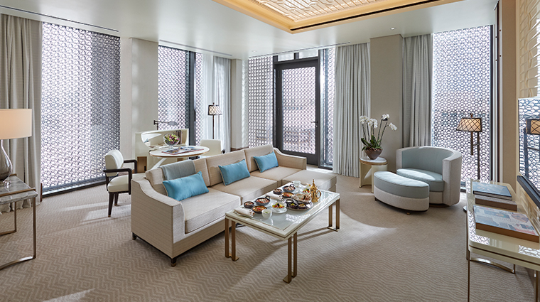 mandarin oriental doha panoramic suite living room