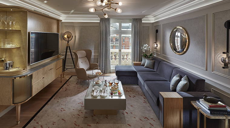mandarin oriental hyde park london knightsbridge living room