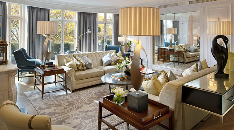 mandarin oriental hyde park london royal suite living