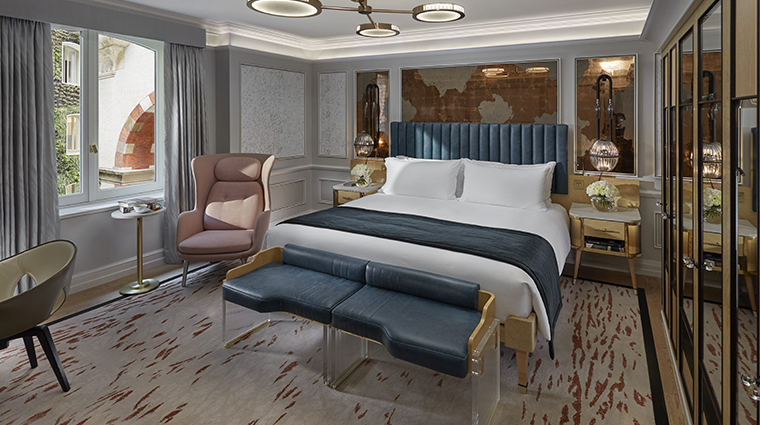 mandarin oriental hyde park london superior bedroom