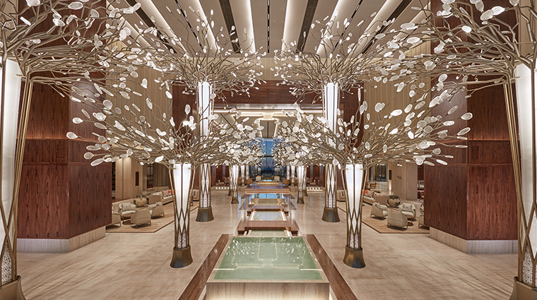 mandarin oriental jumeria beach dubai lobby night