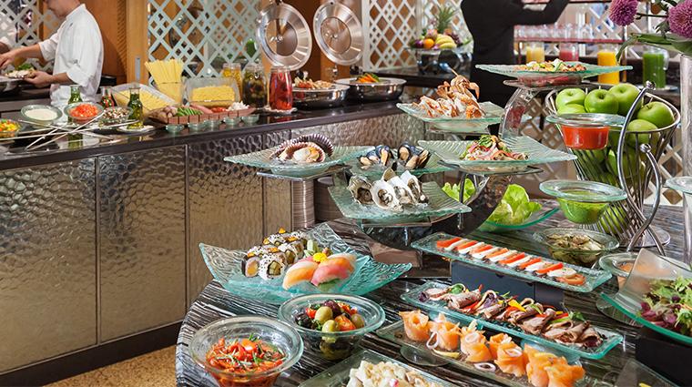 mandarin oriental kuala lumpur club lounge buffet
