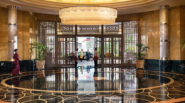 mandarin oriental kuala lumpur lobby