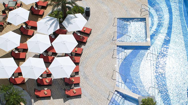 mandarin oriental macau simming pool