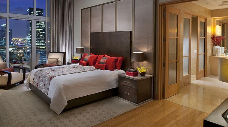 mandarin oriental miami oriental suite bedroom