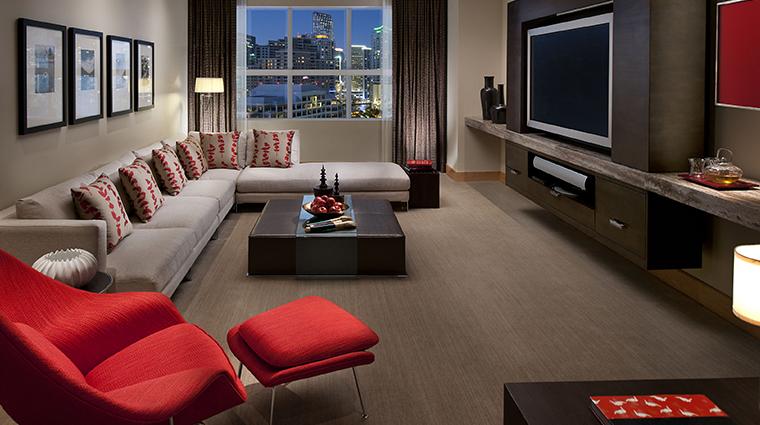 mandarin oriental miami oriental suite living room