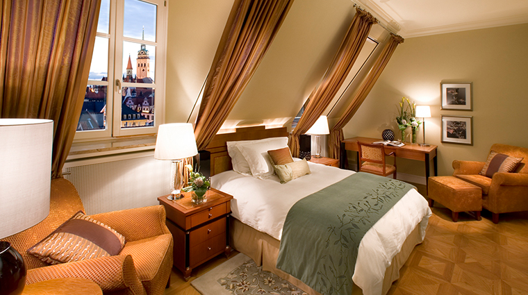 mandarin oriental munich deluxe room