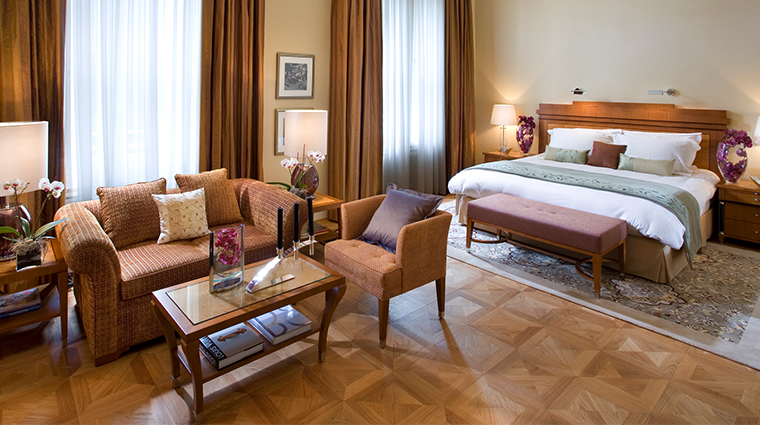 mandarin oriental munich superior junior suite