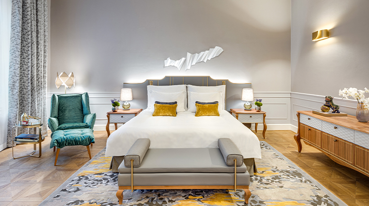 mandarin oriental munich updated executive suite