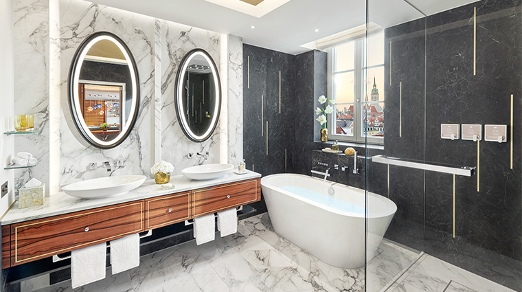 mandarin oriental munich updated presidential bathroom