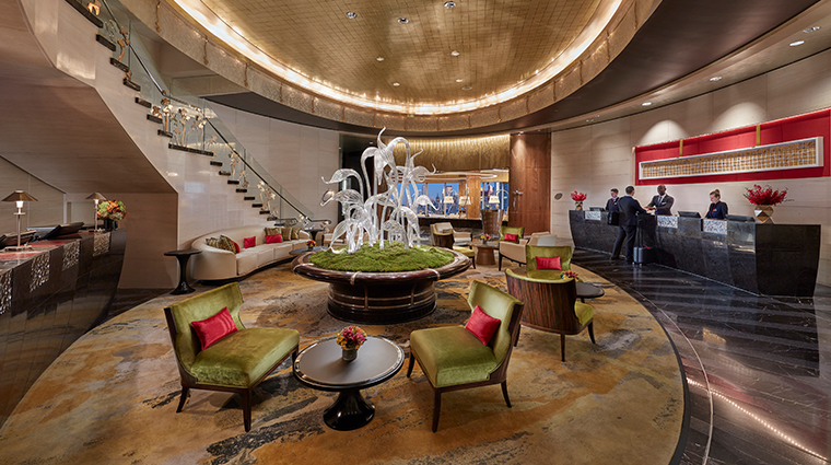 mandarin oriental new york lobby