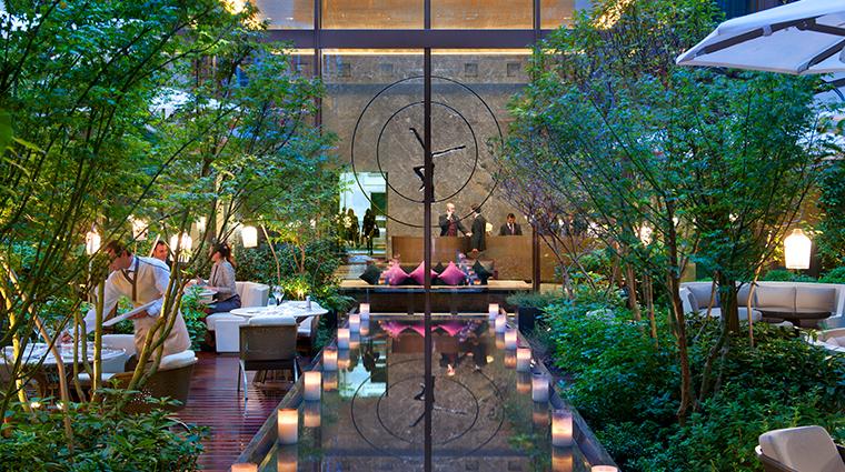 mandarin oriental paris lobby garden
