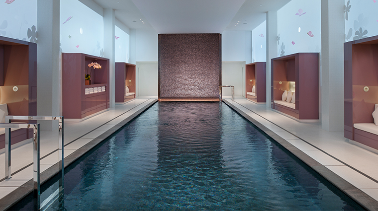 mandarin oriental paris pool2