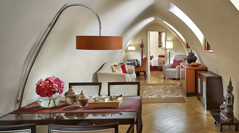 mandarin oriental prague oriental suite living room