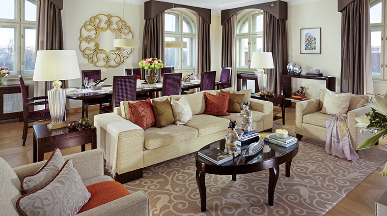mandarin oriental prague presidential suite living room