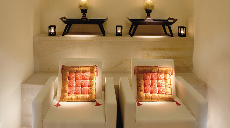 mandarin oriental prague spa chairs