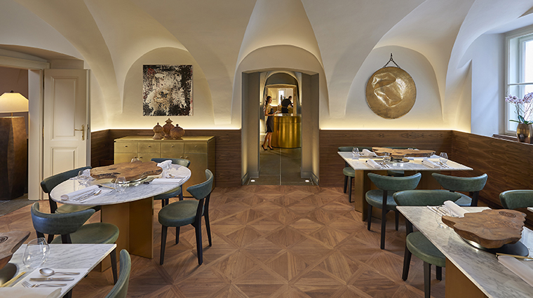 mandarin oriental prague spices restaurant