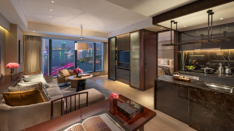 mandarin oriental pudong shanghai executive apartments