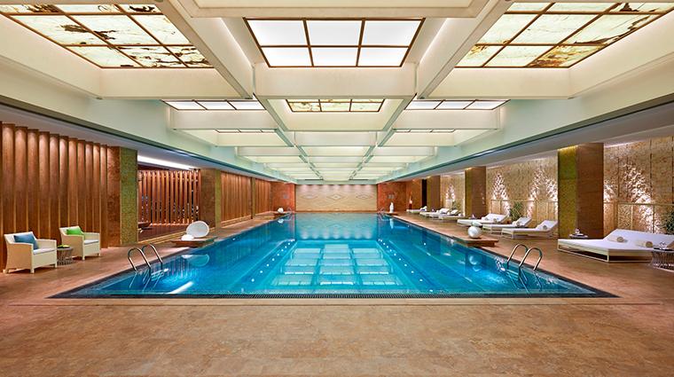 mandarin oriental pudong shanghai pool