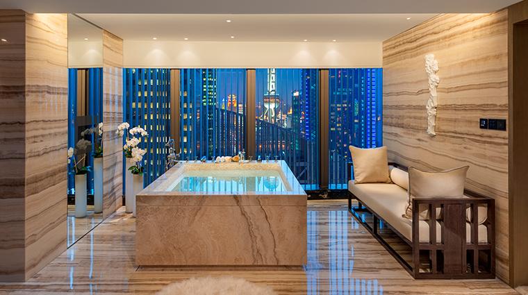 mandarin oriental pudong shanghai presidential suite bathroom