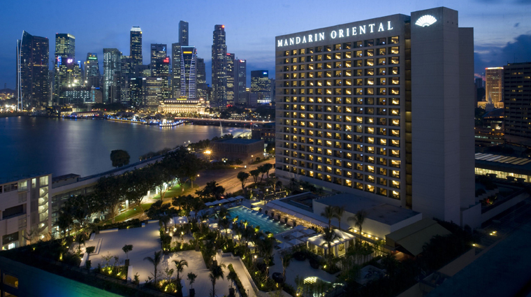 mandarin oriental singapore night