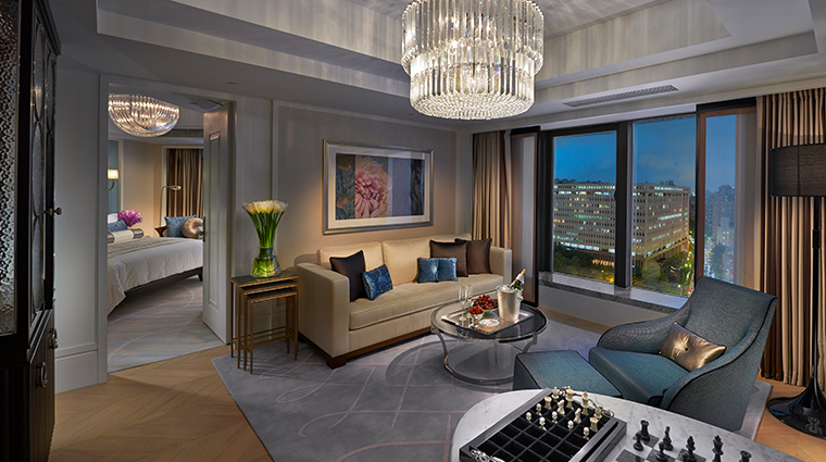 mandarin oriental taipei city suite living room