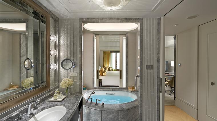 mandarin oriental taipei deluxe king bathroom