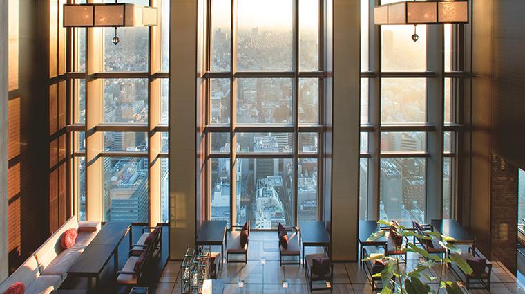 mandarin oriental tokyo lobby