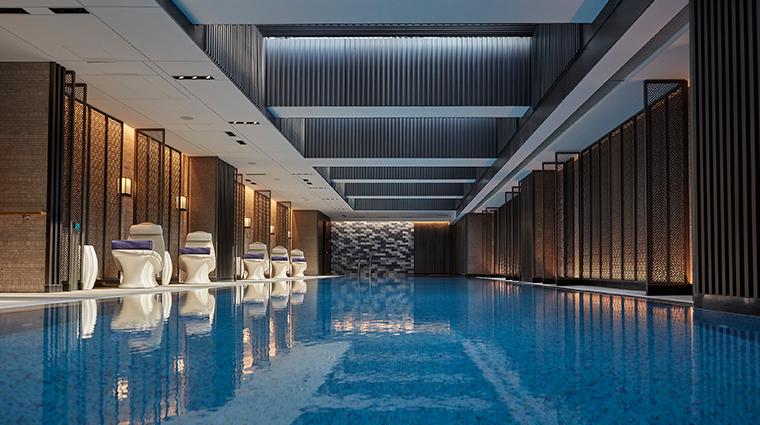 mandarin oriental wangfujing beijing spa pool