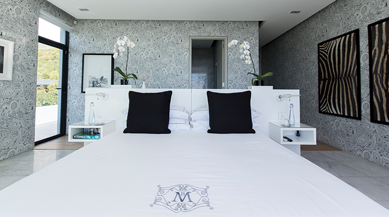 manna bay black and white room