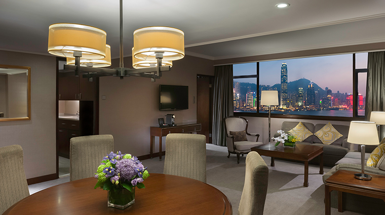 marco polo hongkong hotel deluxe suite night